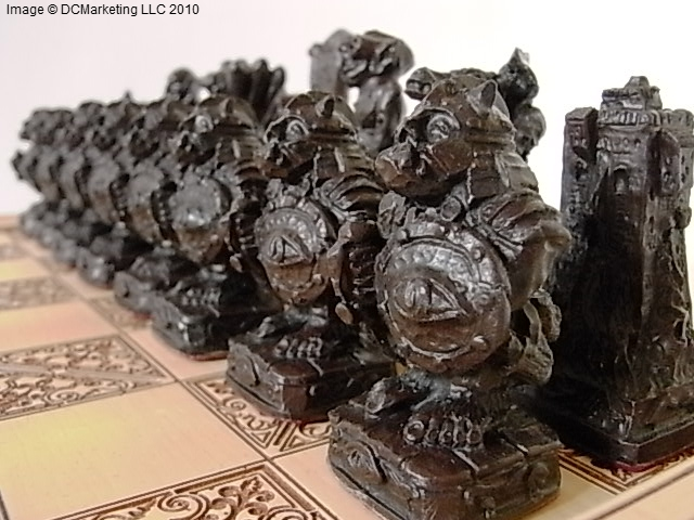 Lord of the rings plain theme chess set small - Lord of the rings chess set for sale ...