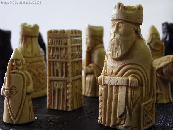 Medieval gothic themes - The chessmen chess set ...