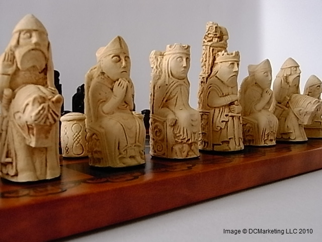 Medieval Plain Theme Chess Set